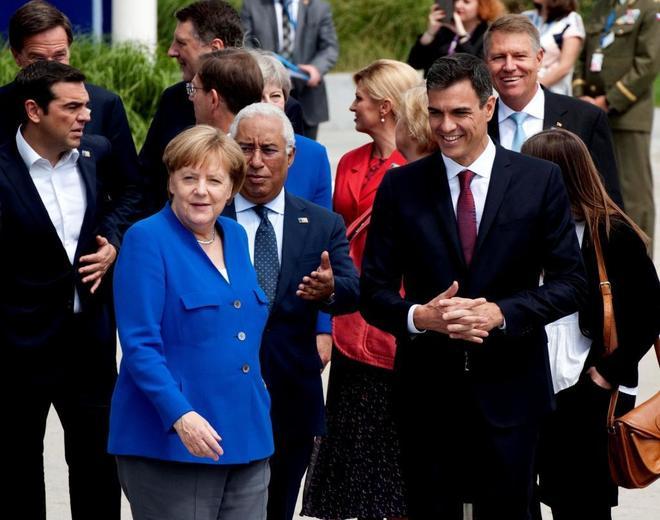 Merkel y Sánchez, durante la reciente cumbre de la OTAN.