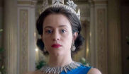 Claire Foy, Isabel II en 'The Crown'.