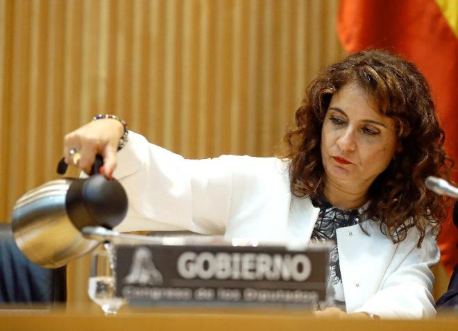 La ministra de Hacienda, María Jesús Montero, en el Congreso el...