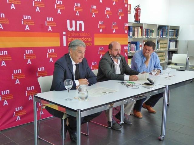 Fernando López Mora, Manuel Torres y Agustín  Galán en La Rábida.