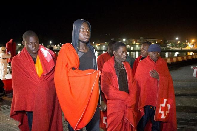 Las llegadas de inmigrantes por mar a España superan ya a las de Italia
