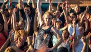 Fotograma del anuncio de Estrella Damm para el verano de 2018