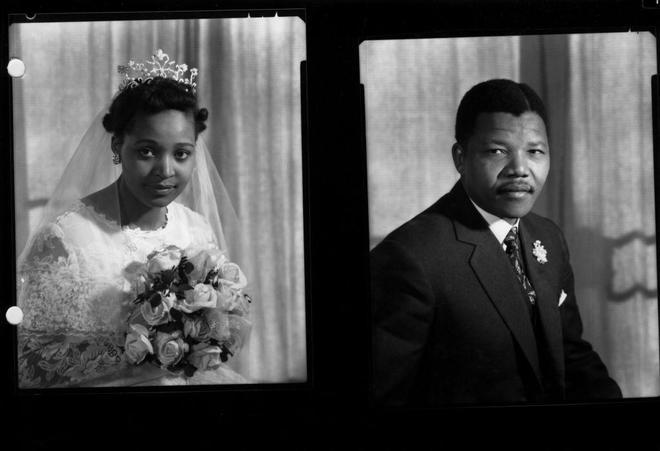 Foto de Mandela y su mujer  que aparece en el libro 'Cartas desde la prisión'.
