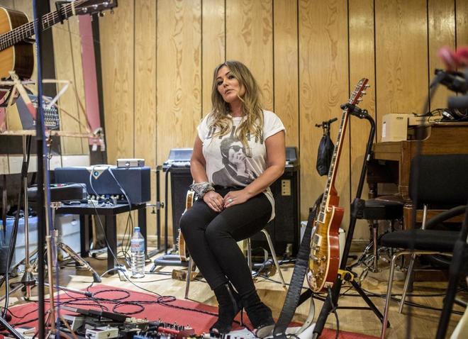 La cantante Amaia Montero retratada en el Estudio de Baria.