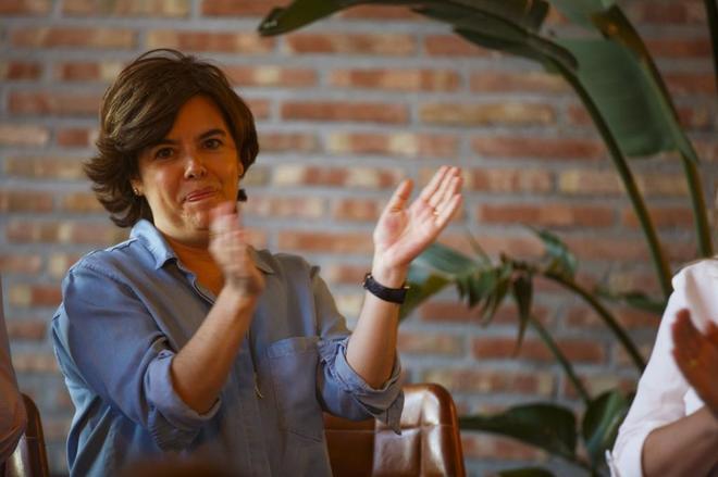 Soraya Sáenz de Santamaría, en un acto con simpatizantes celebrado ayer en Las Rozas.