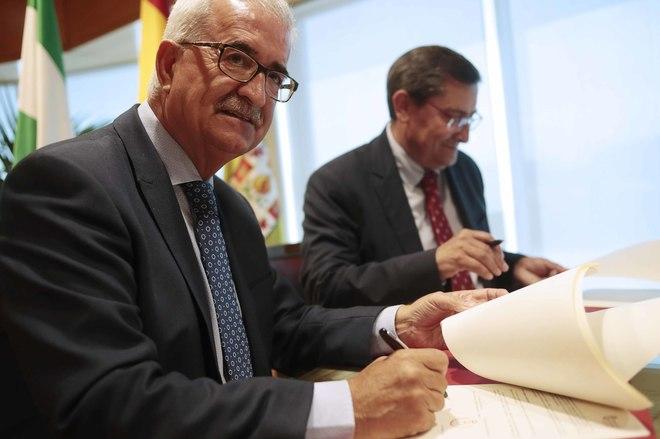 La Junta irá a los tribunales si la Macarena no retira los restos de Queipo