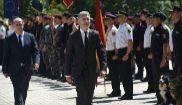 El nuevo director general de la Policía Nacional, Francisco Pardo (i)...