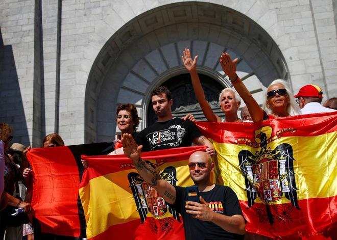 Los siete nietos del dictador Francisco Franco han amenazado con