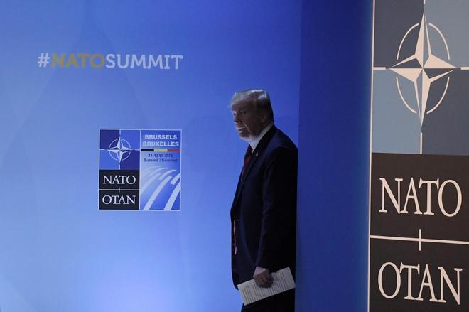 EEUU da 200 millones a Ucrania para la defensa de