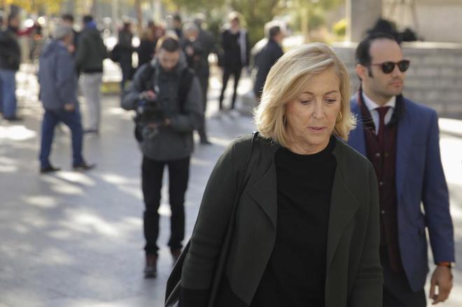 Fue denunciada por dos concejales de Ahora Madrid por delito