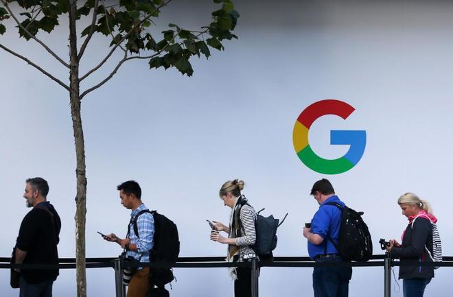 Multa récord en Bruselas: 4.340 millones a Google por el
