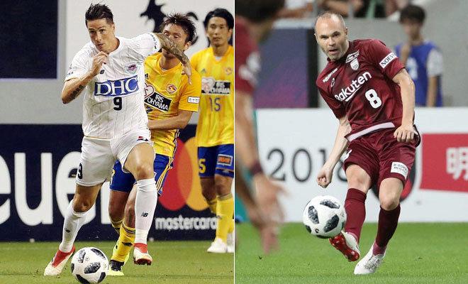 Fernando Torres y Andrés Iniesta, en sus primeros partidos en Japón.
