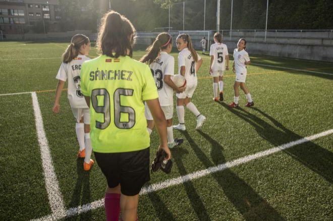 c4bfd60929b9d Un equipo alevín de fútbol femenino de Madrid gana dos veces ...