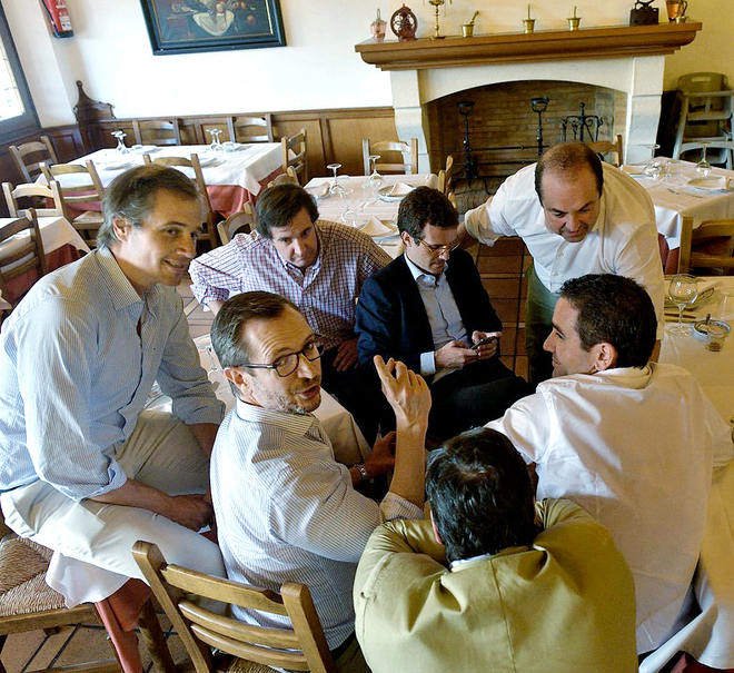 Pablo Casado entierra la `era Rajoy` con el objetivo de