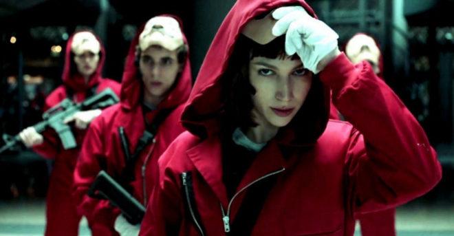Úrsula Corbero, actriz de la serie 'La casa de papel', que continúa...