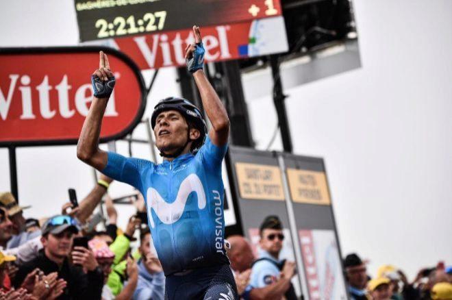 Nairo Quintana celebra su victoria en la 177ª etapa del Tour.