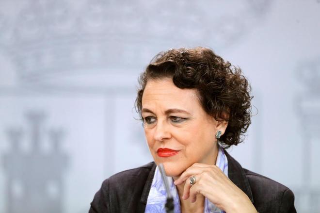 La ministra de Trabajo, Migraciones y Seguridad Social, en la rueda de prensa del Consejo de Ministros.