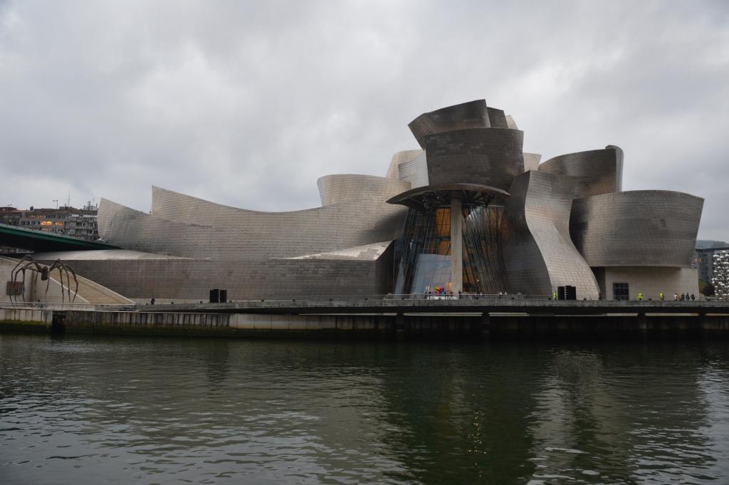El Guggenheim Bilbao ingresó 32,47 millones en 2017, año de su 20 aniversario