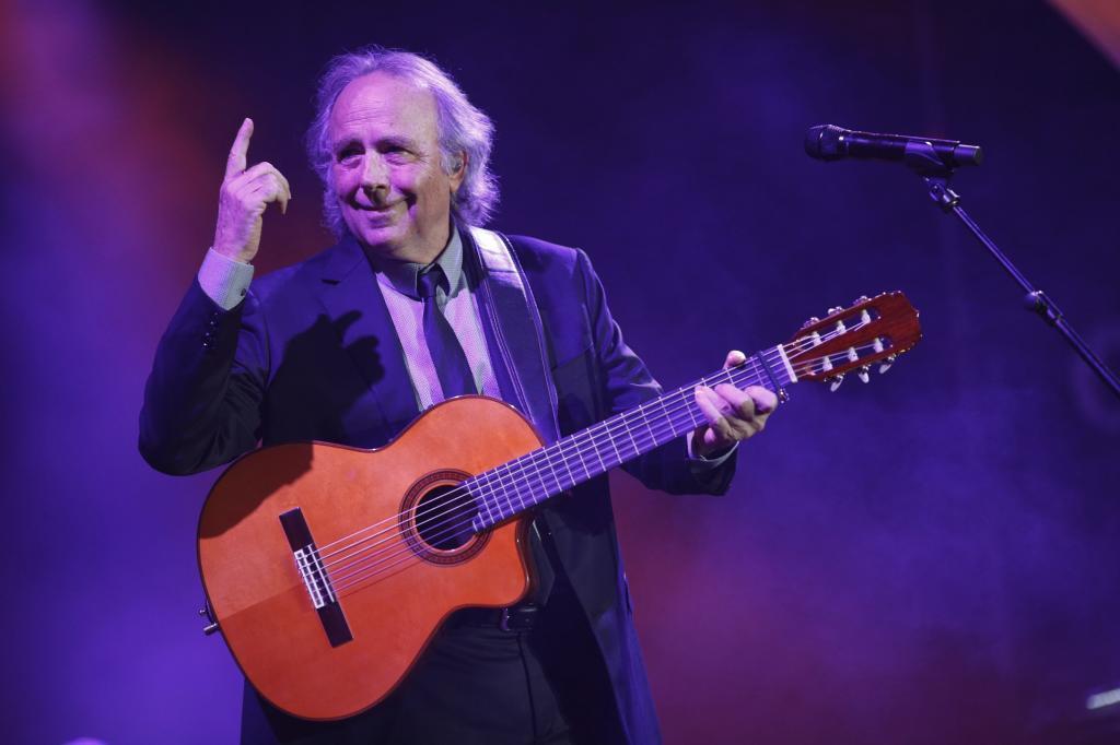 Joan Manuel Serrat cancela seis conciertos de su gira por laringitis aguda
