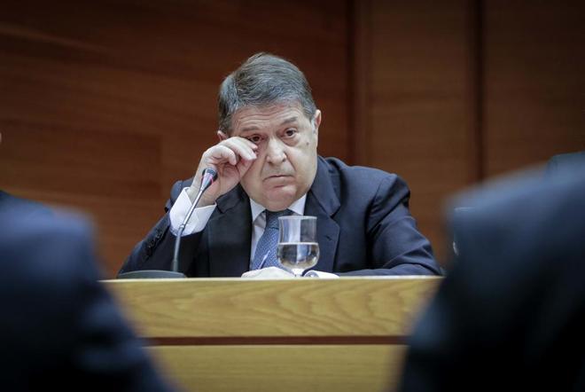 El ex presidente de Bancaja, José Luis Olivas, en la comisión de investigación por la gestión de Feria Valencia.