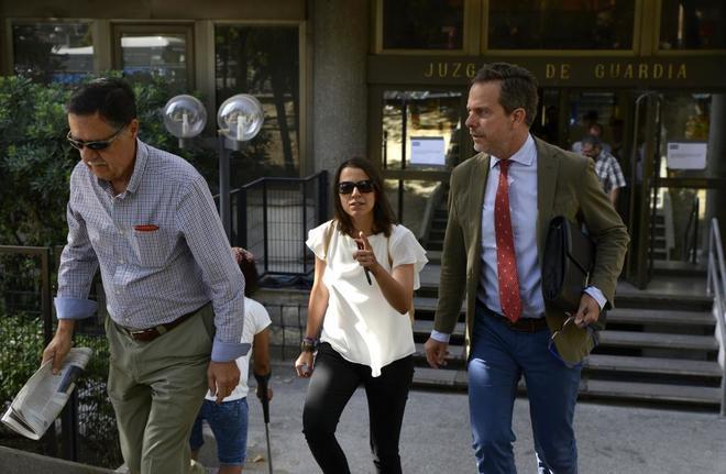 Álvarez Conde se niega a declarar por este casoLa Guardia