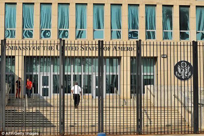 Descubren a una espía rusa que llevaba trabajando una década en la embajada de EEUU en Moscú