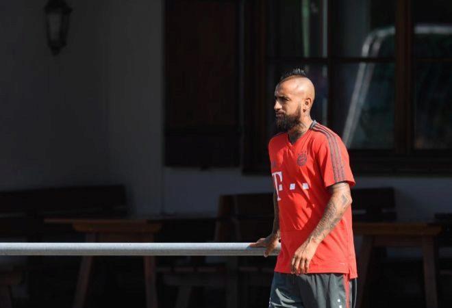 Arturo Vidal abandona la concentración del Bayern de Múnich. CHRISTOF  STACHEAFP-PHOTO 78f6551ee91