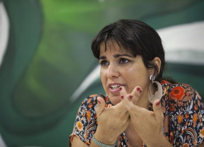 La coordinadora de Podemos Andalucía, Teresa Rodríguez, durante la entrevista con EL MUNDO
