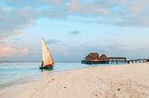 Considerada una de las mejores playas del mundo por la <a...