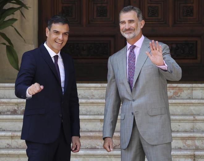 Apoyo al Rey: el galimatías del PSOE