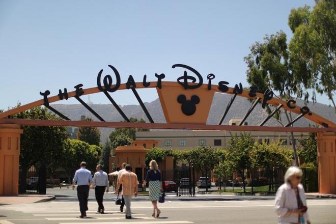 Entrada a los Walt Disney Studios, en Burbank, California.
