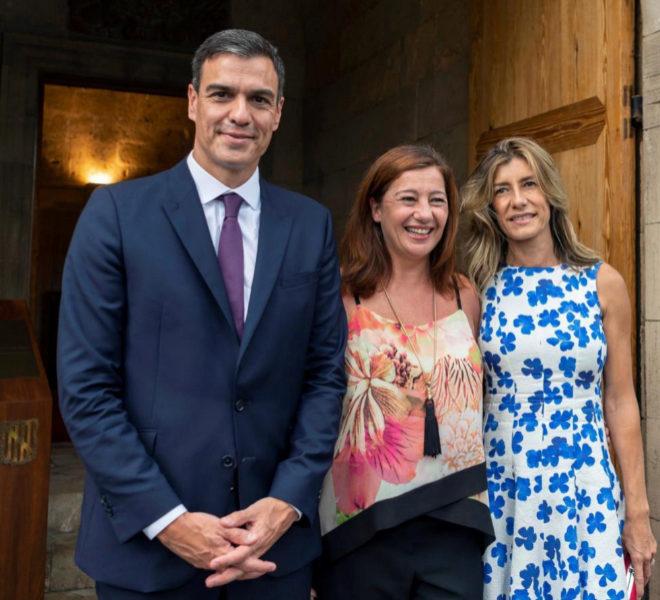 Pedro Sánchez, Francina Armengol (presidenta de Baleares) y Begoña...