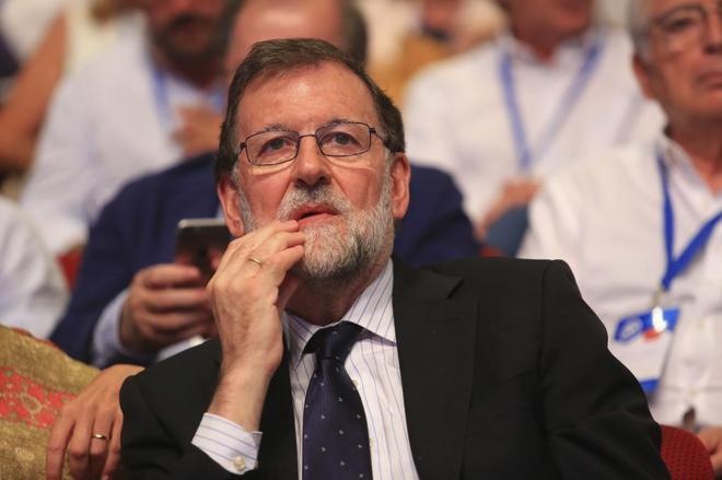 Mariano Rajoy, durante el congreso extraordinario del PP del pasado...