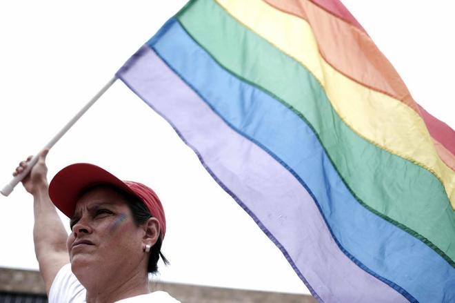 La Justicia de Costa Rica ordena al Congreso legalizar el matrimonio homosexual