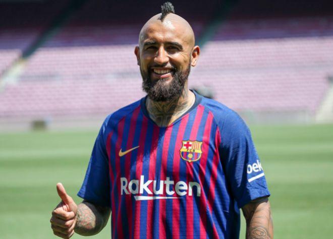Arturo Oficial en la presentación oficial como nuevo jugador del F.C  Barcelona GTRES d43ee20ad4d