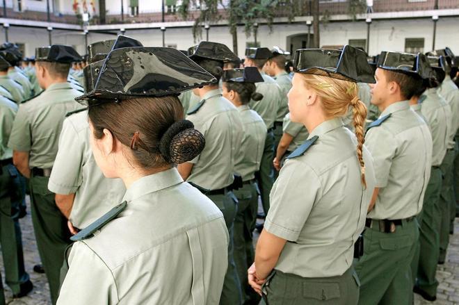 Mujeres guardias civiles en el acto de incorporación de nuevos...