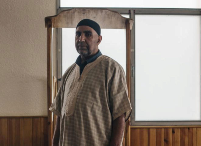 Mohamed El Onsri, nuevo imam de Ripoll, dentro de la mezquita.