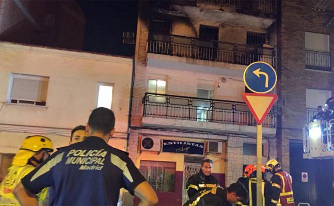 Los bomberos han tardado 90 minutos en sofocar las llamasLos