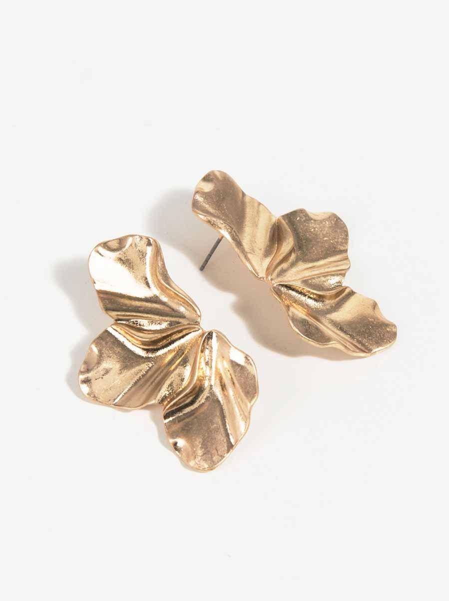 6eaa901eb025 15 joyas doradas  XXL  que darán un giro radical a tu  look