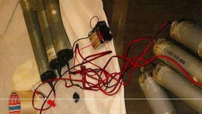Artefactos fabricados por los terroristas en la casa de Alcanar
