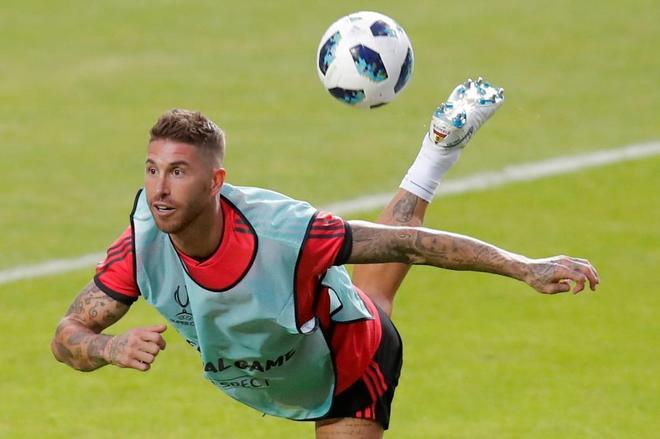 Ramos no se corta: responde a Cristiano y a Klopp