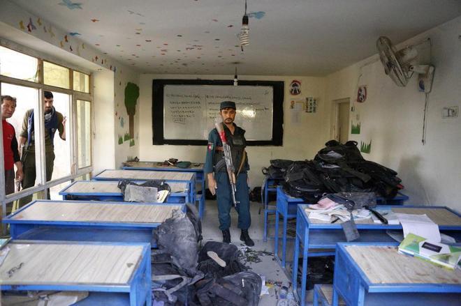 Aspecto de una de las aulas del colegio de Kabul en el que se produjo...