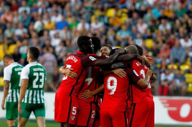 Golea 0-5 al Zalgiris y supera sin problemas la penúltima