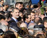 El Rey Felipe VI, en un momento de la manifestación en recuerdo de las víctimas celebrada en Barcelona el 26 de agosto de 2017.