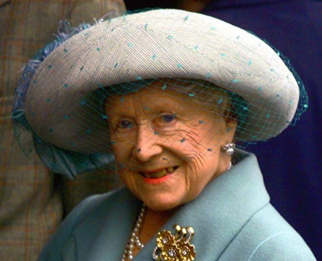 Asi Fue El Desigual Reparto De La Herencia De 70 Millones De Libras Que Planeo La Reina Madre Celebrities