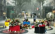Imagen de La Rambla de Barcelona, ayer, durante el diluvio caído una vez finalizados los actos de homenaje a las víctimas de los atentados del 17-A.