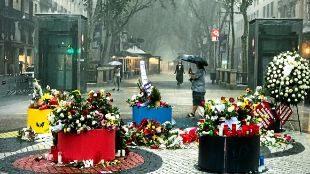 Imagen de La Rambla de Barcelona, ayer, durante el diluvio caído una...