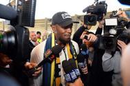 Usain Bolt, tras aterrizar en Sidney para jugar en los Mariners.