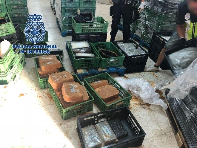 Los tres detenidos se desplazaron desde Cataluña para atracar a