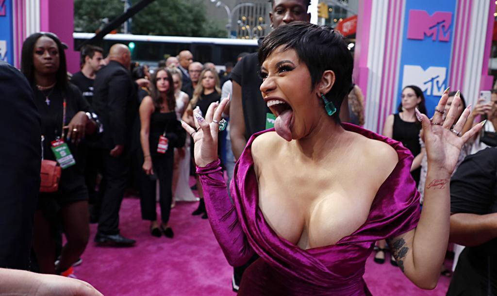 La rapera Cardi B fue otra de las ganadores de la noche MTV.